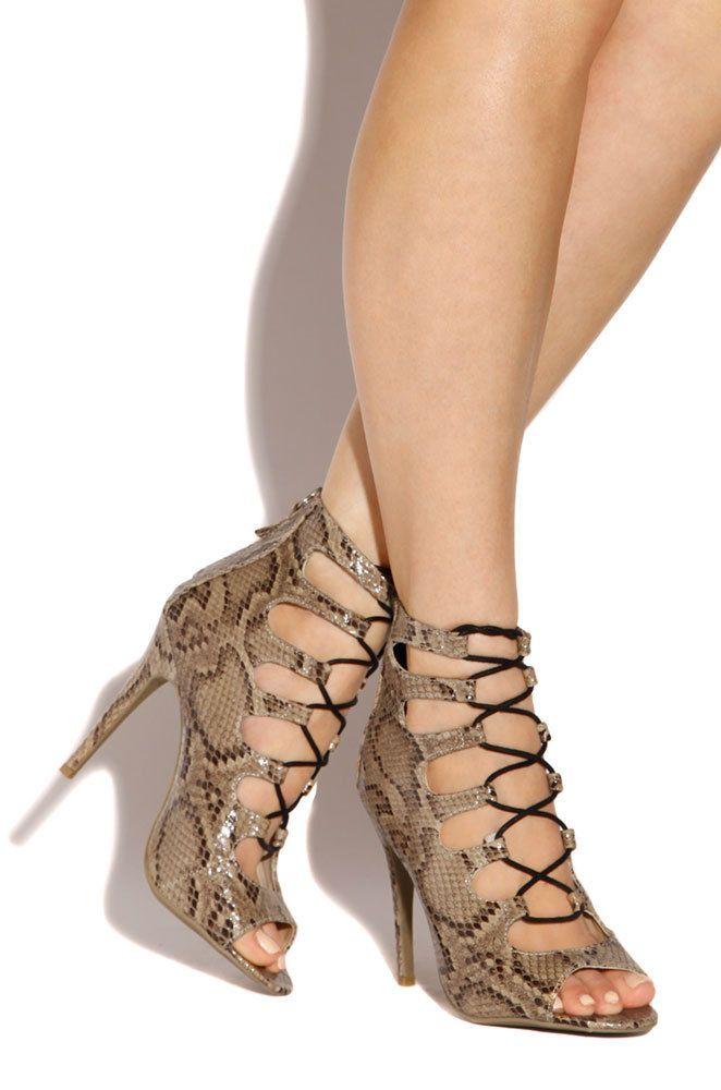 El mejor calzado colombiano #moda #modacolombiana #calzado #zapato #zapatos #tacon #tacones #valencia
