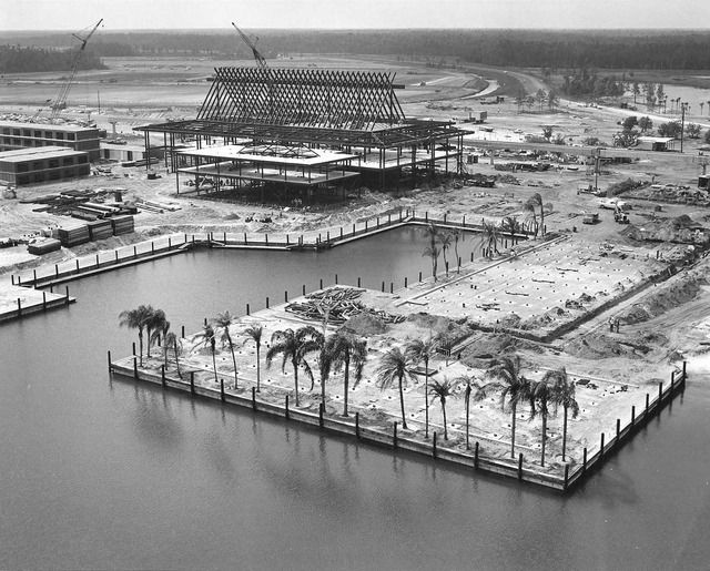 Imagineering Disney presents The Polynesian (Village) Resort - 1971  Hard to imagine that we stayed here just months later!!!