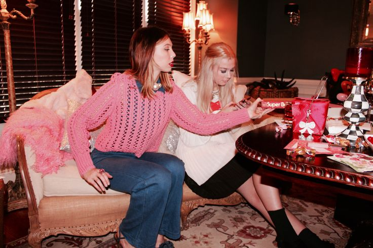Savannah's Outfit: Jumpsuit: free people (similarhereandhere) Sweater: Vintage (similarhereandhere) Necklace: similarhere Lips: Revlon liquid lipstick Elizabeth's Outfit: …