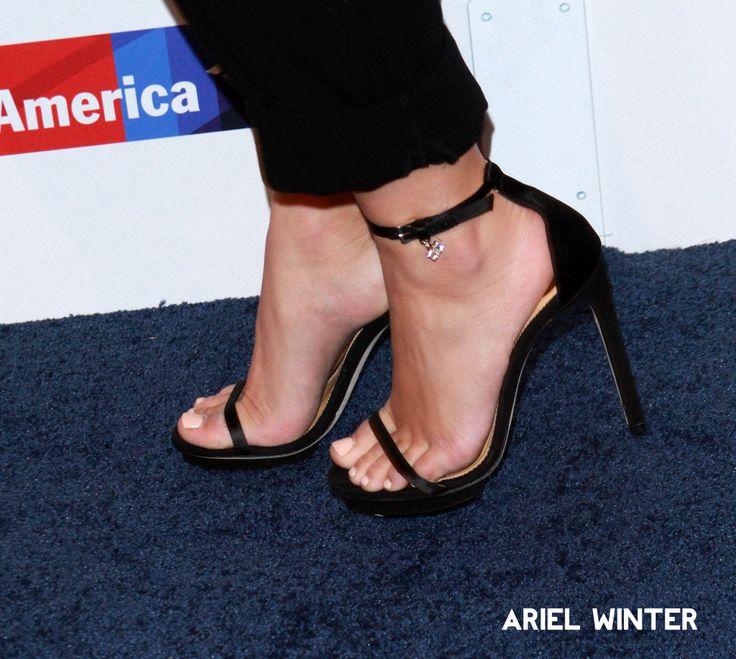 Celebrity Wikifeet — Ariel Winter Feet