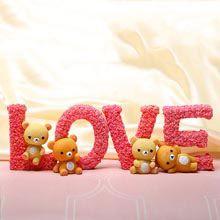 A good gift for girlfriend: Cute Love Showpiece