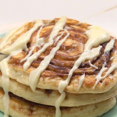 Pancakes are quick and easy, but cinnamon rolls have sugar n' spice--this recipe has EVERYTHING nice because it combines both into cinnamon roll pancakes!