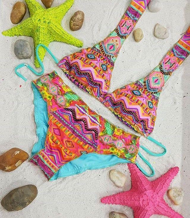 Y si lo que necesitas es un  aquí te traemos más diseños para que disfrutes  Disponibles en #LolaAccesorios #VestidosDeBaño #swimwear