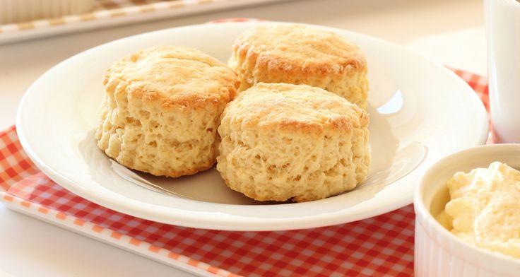 Caron's Scone Recipe http://gustotv.com/recipes/snacks/carons-scone-recipe/