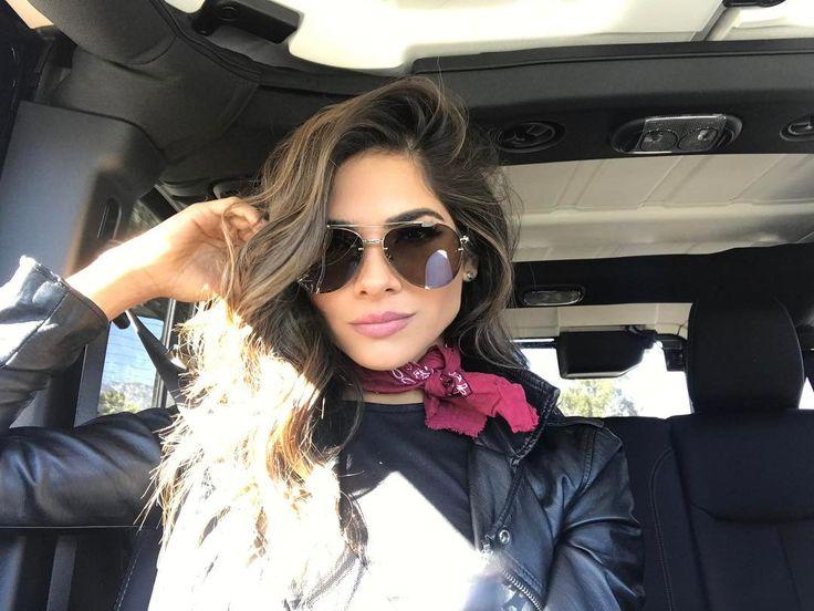 """Alejandra Espinoza (@alejandraespinoza) on Instagram: """"a darle con todo que es lunes Que rollo en que andan?"""""""