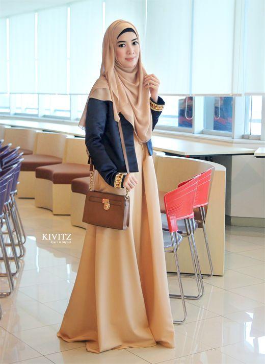 "KIVITZ: ""Hijab Surgaku Hijab Syar'i Pilihanku"" by Astra Gema Islami"