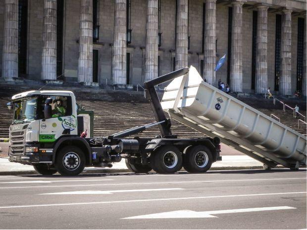 Noticias de Logística en Argentina y Latinoamérica    Verdes y menos contaminantes: Scania prueba camiones propulsados a Biodiesel