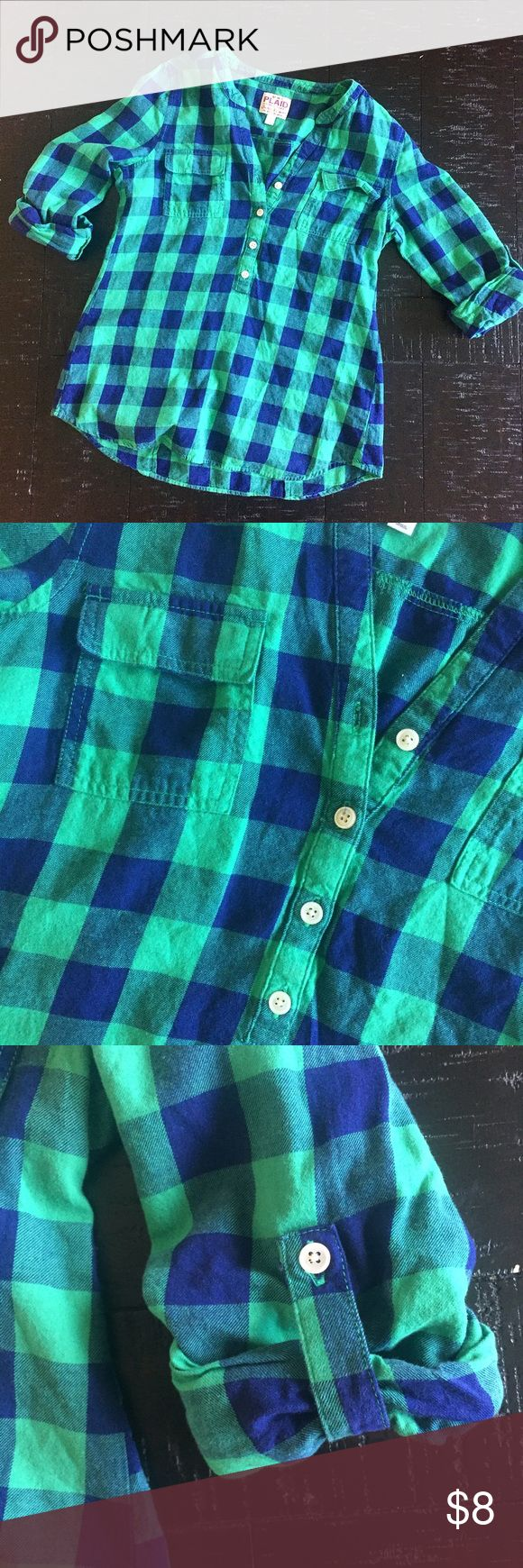 Blue Green Flannel Tunic Blue and green tunic. 3/4 length sleeves. Good condition. Worn a few times. Old Navy Tops Tunics