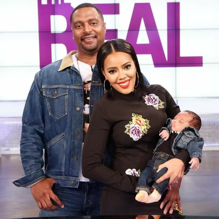 Angela Simmons With Her Fiancé Sutton Tennyson And Their Son Sutton Joseph  On The Real