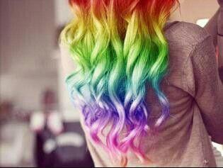 Bellissimi capelli arcobaleno