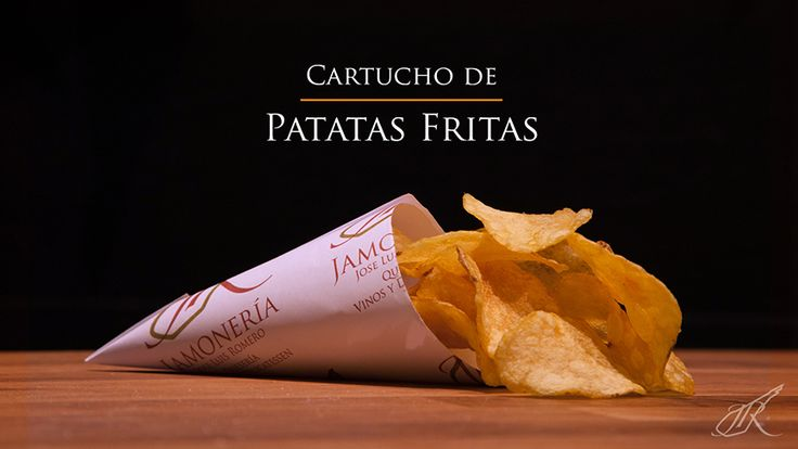 Potato Chips Gourmet Cone. Jamonería José Luis Romero. Seville, Spain. // Cartucho de Patatas Fritas. Sevilla, España.