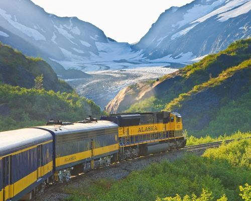 Coastal Classic, a 114-mile journey between Anchorage and the coastal town of Seward. This line skirts a highway for part of the journey, but then breaks off into wild, roadless, uninhabited landscapes. Alaska's rugged coastal mountains, forests and glaciers punctuate this wilderness rail journey.