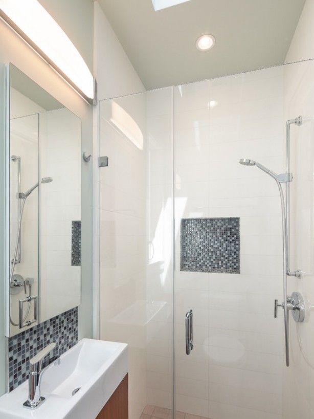 Deze kleine badkamer ideeën moet je even zien! Bekijk de geselecteerde voorbeelden. Misschien iets voor jouw nieuwe kleine badkamer?