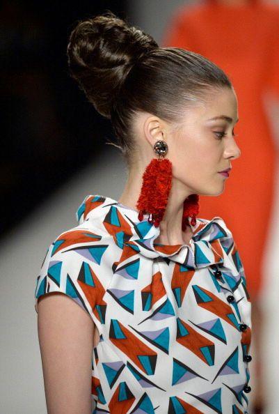Orecchini rossi Carolina Herrera