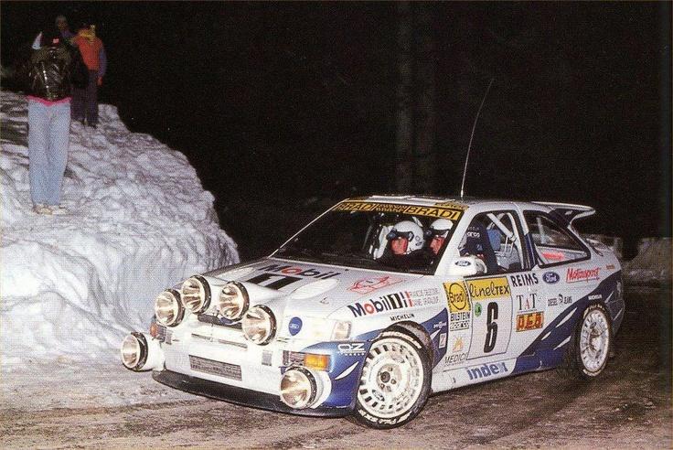 FORD ESCORT Cosworht WRC. Serious lighting.