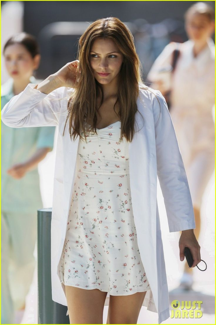 Katharine McPhee Wears Summer Dress on 'Lost Wife of Robert Durst' Set