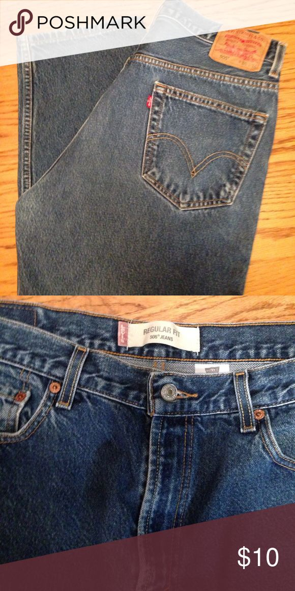 Levi's 505 Regular Fit 36x36 These Levi 505 Regular Fit jeans are in great condition!  Very comfortable and not faded or worn in any way!  Men's 36x36. Levi's Jeans
