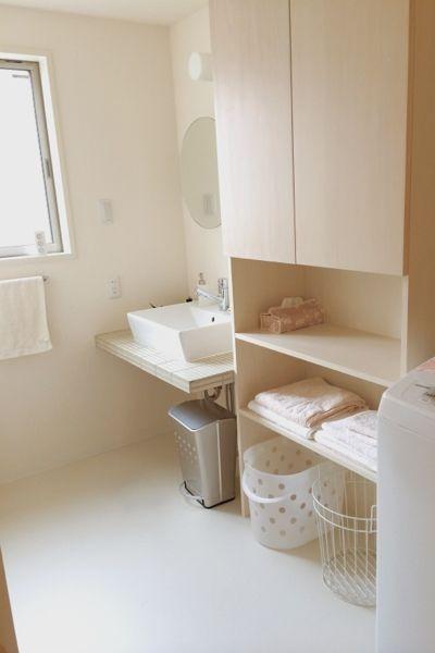 WEB内覧会 白とシルバーの洗面所   おしゃれでシンプルな暮らし~ハニーサックル