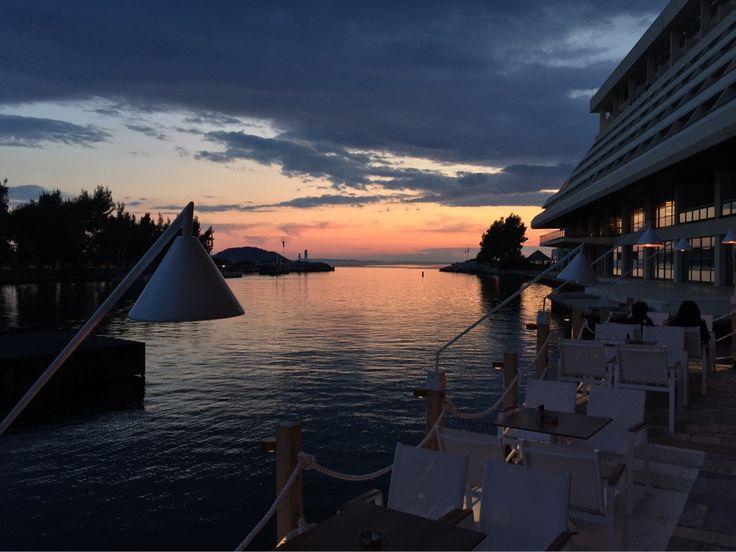 Sky's colors at Porto Carras Marina #PortoCarras #PortoCarrasMarina #Halkidiki #visithalkidiki #santinxalkidikidenexei #marina #visitgreece #sky #colours #sunset