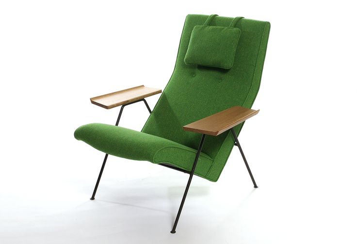 Reclining Chair (1952) by Robin Day
