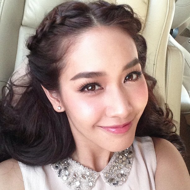 Thai Actrees / Makeup by pom_vinij | Rissaa stuff ...
