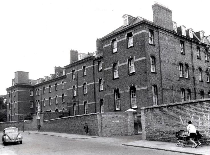 Portobello Rd, St Josephs House, convent