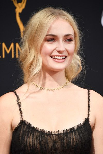 Sophie Turner - 'Game of Thrones' Stars at the 2016 Emmy Awards - Photos