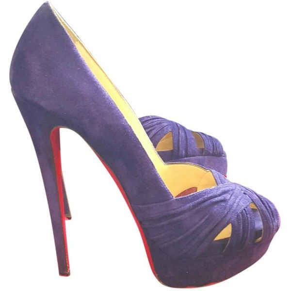 Pre-owned Christian Louboutin Purple Suede Heels ($502) ❤ liked on Polyvore featuring shoes, pumps, purple, women shoes heels, open toe shoes, platform pumps, christian louboutin shoes, platform shoes and purple pumps