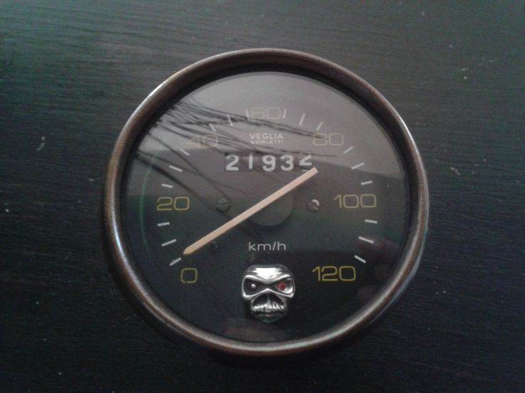 """Clock i reconditioned for the cafe racer, with """"Eddie"""" dropped in, just to make it look cool...."""
