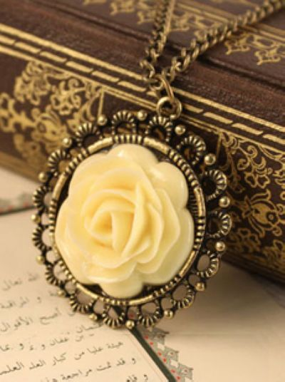 Korean Style fashion the yellow rose necklace $ 1.55