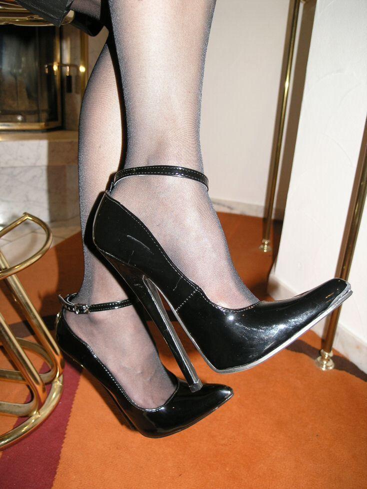 release date 4838e 30c2b Extrem Stiletto Lack Pumps High-Heels Größe 42 Schwarz mit ...