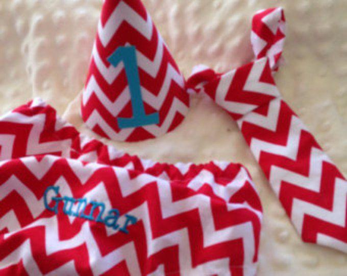 Torta niños Set Smash - cheurón rojo - pañal cubierta, corbata y sombrero de cumpleaños - cumpleaños equipo
