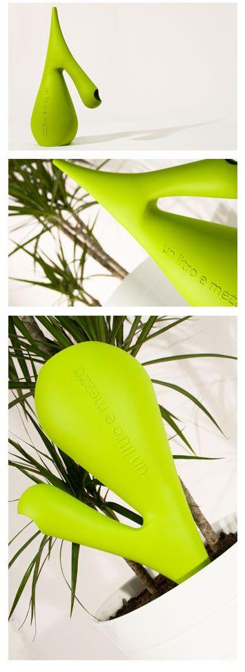 SemeBocciolo, watering can and irrigator, design Alessandro D'Angeli e Ivo Caruso #design #furniture