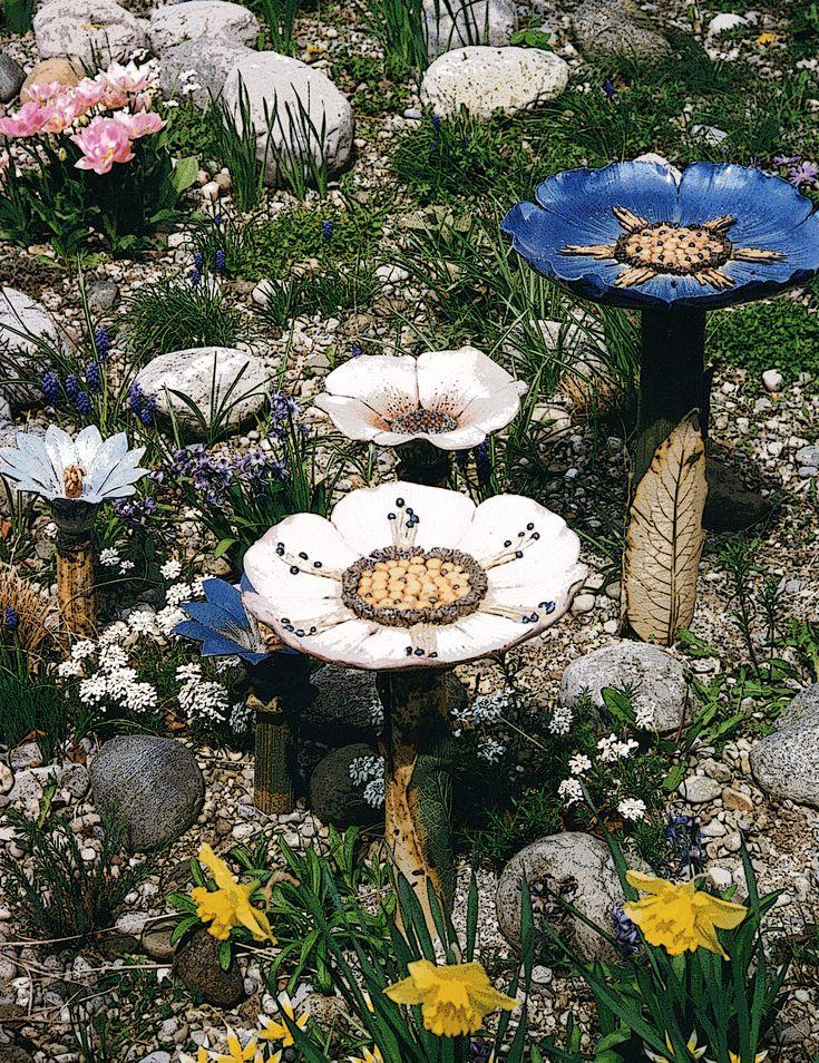 Keramikblumen in meinem Vorgarten ca. 1990