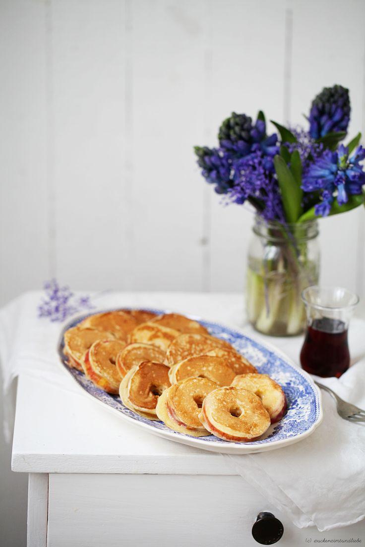 Zuckerzimtundliebe Apfelringe im Pfannkuchenteig Rezept Pancake Apple Rings Hyazinthe Ahornsirup