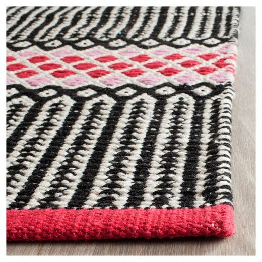 • 100% cotton construction<br>• No backing<br>• Mixed pattern<br>• Flat weave<br>• Hand woven<br>• Vacuum regularly; use rug pad<br><br>Add a pop of style to your décor with the Safavieh Montauk Rug. The durable construction and modern pattern will bring lasting style to any room in your home. This hand-woven rug is comfortable to walk on and will stand up to heavy foot traffic areas.