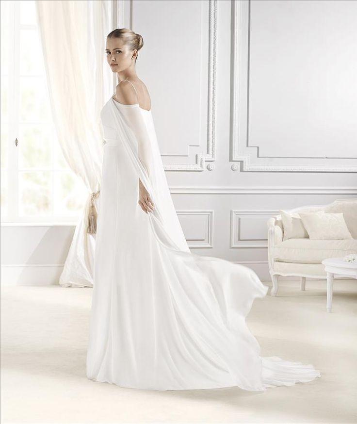 29 best La Sposa - bridal dress images on Pinterest | Wedding frocks ...
