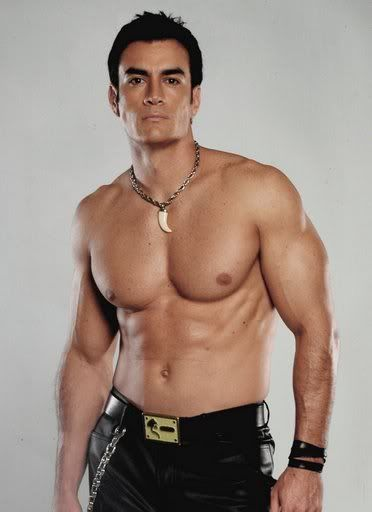 David Zepeda (Mexico - actor, model) Suddenly I'm craving something...Mexican!
