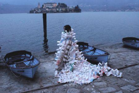 Enrica Borghi - performance