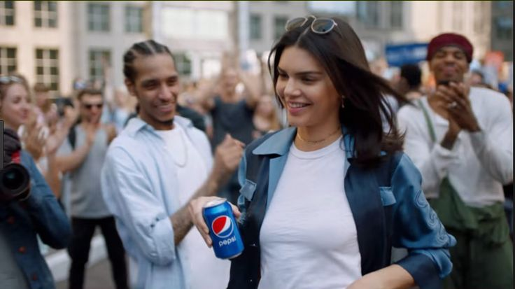Kendall Jenner Breaks Silence On Pepsi Ad: 'It Feels Like My Life Is Over' | HuffPost