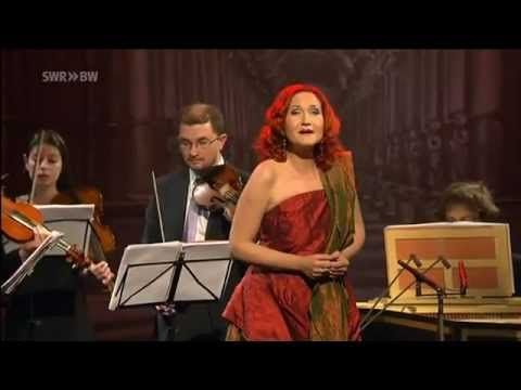 Tempesta di mare: Simone kermes / Luca Mares & Venice Baroque Orchestra P.s....who is dressing her up for the consets....:/ ?....ti prego,her singing need to be styled up accordignly !!!!...il mio occhio...:)