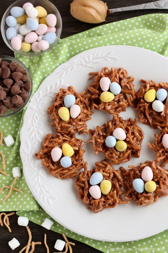 Peanut Butter Chocolate Nests are so quick to whip up, for a chewy, chocolatey, Easter treat! @dessertnowblog