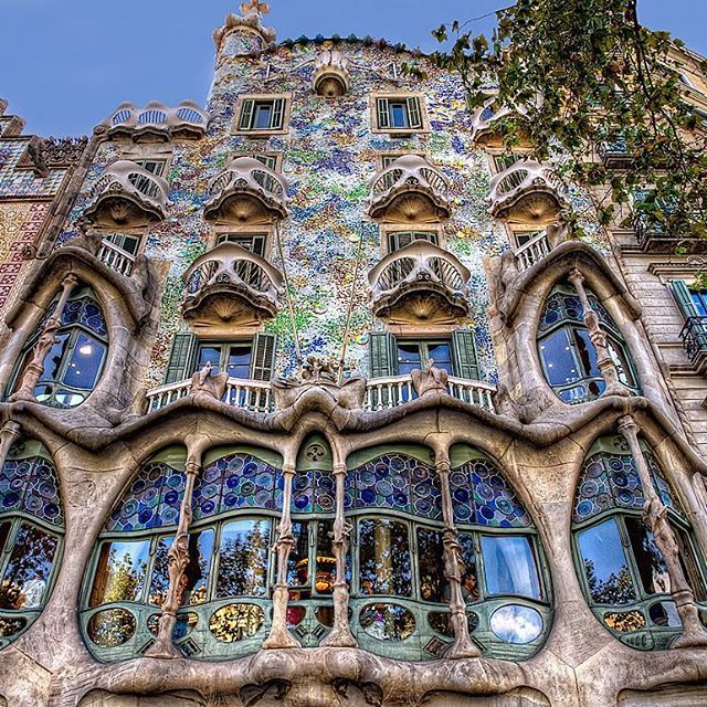 The ultimate definition of Art Nouveau!  One of his most poetic and artistic designs for a building, Antoni Gaudi's inspiring imagination and interest in #patterns, #colors and flowing shape is materialized in The Casa Batlo. His style includes all that defines the Art Nouveau, Located in Barcelona, the unsurprising intensity of detail and materiality is not left to the exterior alone. Opposing to the rigid forms that surround it, the façade exposes striking details conjuring thoughts of…
