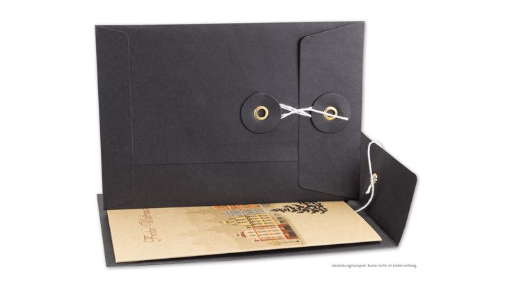 """Briefumschlag C6, Bindfadenverschluss, schwarz, glatt, Kraftpapier mit Weihnachtskarte """"Weihnachtstadt"""""""