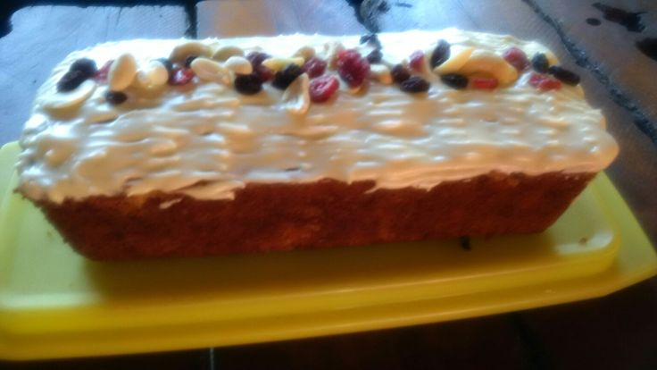 Fruit & nut loaf with creamcheese frosting...