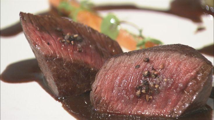 鹿肉のポワレ バルサミコ酢ソース | ごちそうレシピ | うまいッ! | NHK