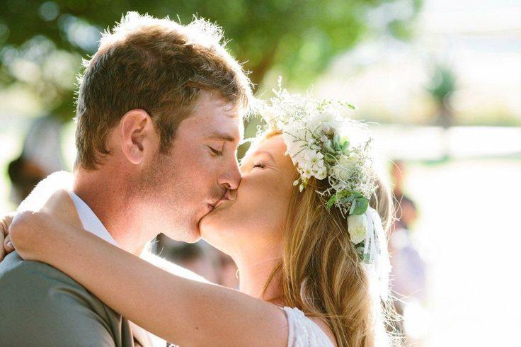 #wedding #love #kiss #wedding hair #flowers