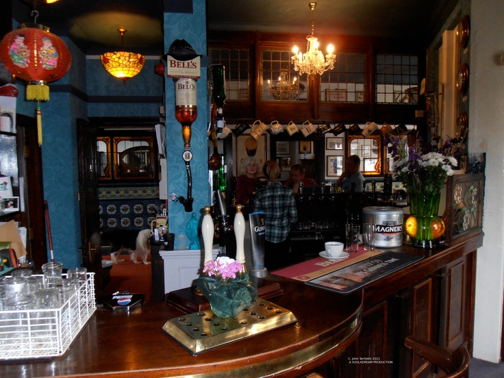 The Snug bar at Flynn's - formerly The Grapes.