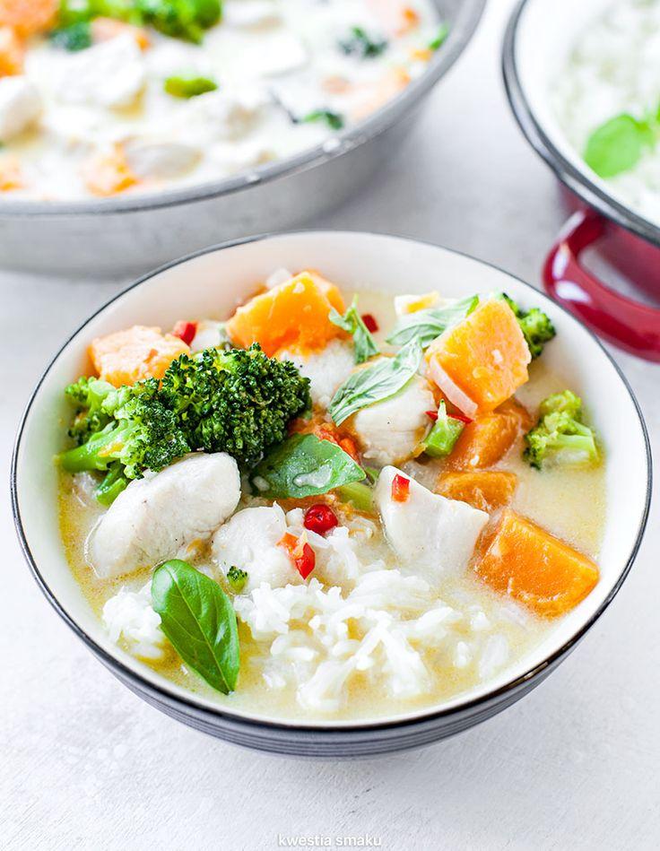 Curry z kurczakiem, dynią i brokułami