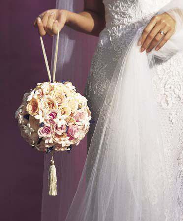 Доставка, свадебный букет для невесты шарики
